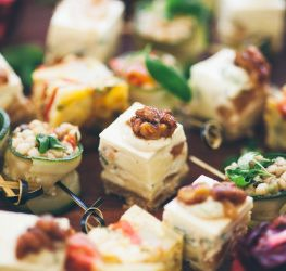 catering_bollier_events_group.jpg